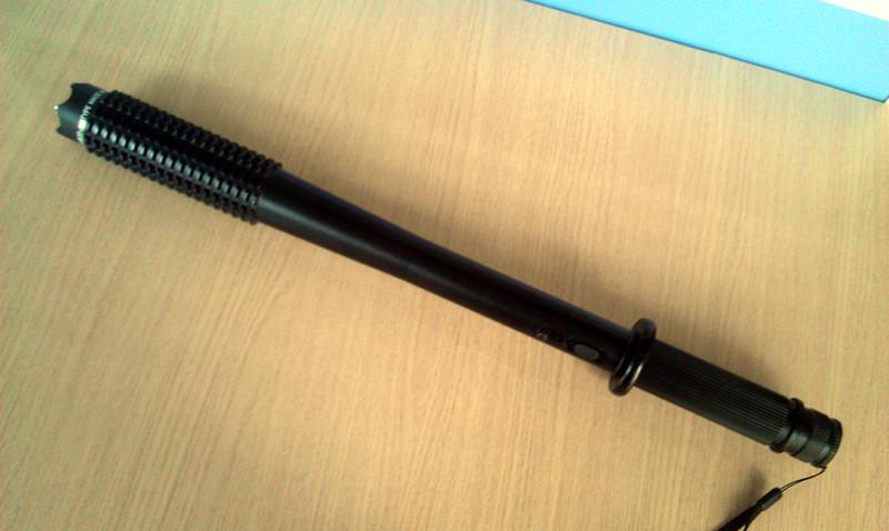 ZD109型狼牙大功率电子防暴器